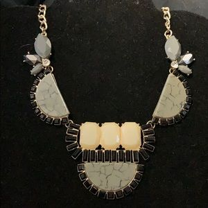 GREY, BLACK & CREAM STATEMENT NECKLACE